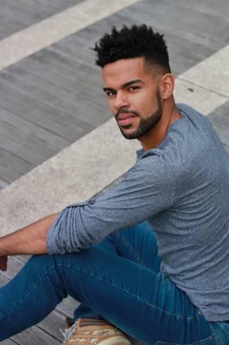 Dançarino brasileiro Ricardo Souza brilha nos palcos de Nova York